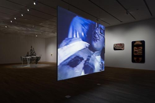 展覽場景:Jon Rafman、徐梯善及李昢,於「幽靈維面—電馭叛客在未來之年」。