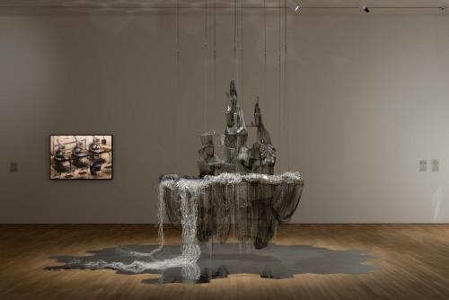 展覽場景:李昢及石田徹也,於「幽靈維面—電馭叛客在未來之年」。